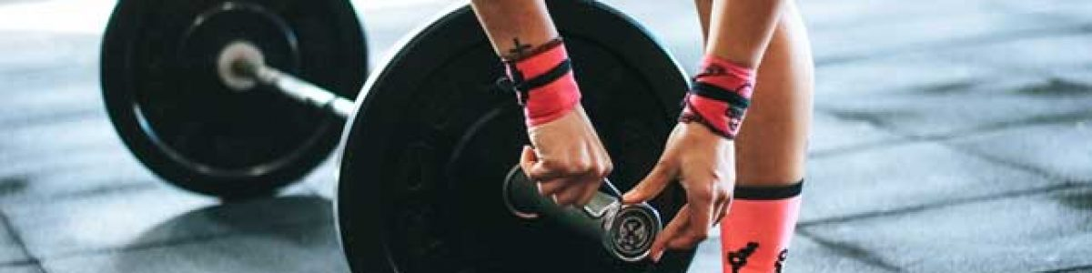 Re-rack your weights in the gym, a must have gym etiquette